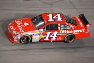 tony stewart new car pictures tony stewart s season goes up in smoke but not his race