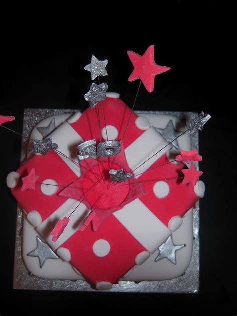 eileen atkinsons celebration cakes  stacked present birthday cake