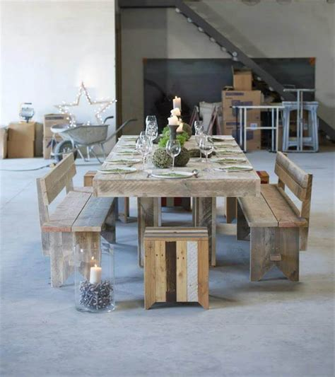 Simple Wood Pallet Dining Table Set 101 Pallet Ideas Rooms To Go Dining Table Sets