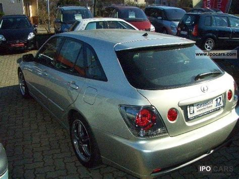 toyota lexus 2004 2004 toyota lexus is 200 sport cross car photo and specs