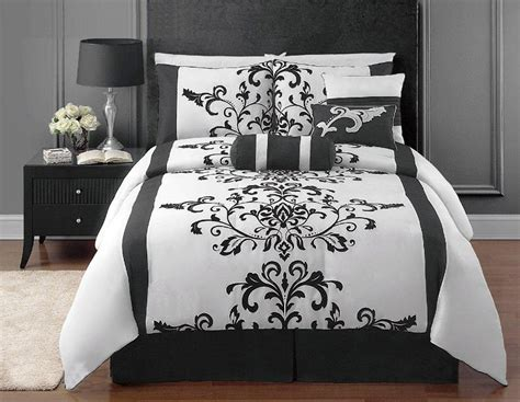 black and white comforters black and white bedrooms a symbol of comfort that is elegant