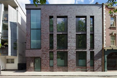 Compton Courthouse Clerk S Office by 63 Compton In Clerkenwell By Doone Silver Architects