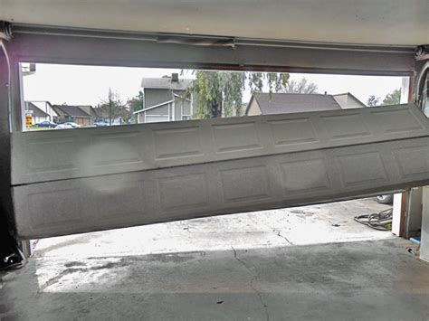 Garage Door Repair Garage Door Repair Service In Sacramento Garage Door Broken