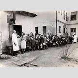 Jewish Ghettos During The Holocaust | 878 x 637 jpeg 93kB
