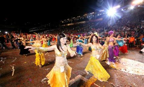 new year traditions and customs in singapore how do you say gong hey choy in other asian