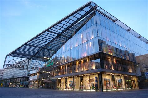 Modern Architecture by File Chemnitz Glaesernes Kaufhaus Jpg Wikimedia Commons