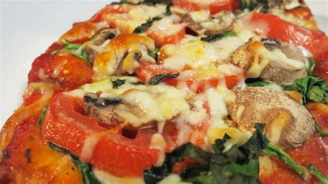 Reader Recipe Simple Naan Pizza by Easy Naan Bread Pizza Recipe Blackandmarriedwithkids