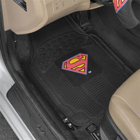 Superman Floor Mats by Superman Seat Covers 2 Pc Rubber Floor Mats For Car