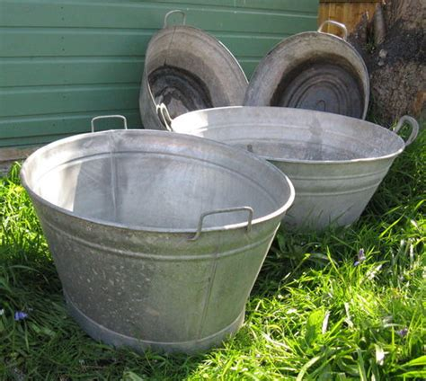 Tin Bathtubs For Sale by Antiques Atlas Vintage Tin Baths