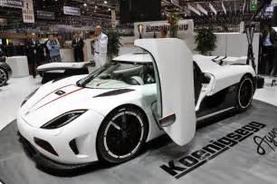 new koenigsegg car world s fastest car koenigsegg agera r article