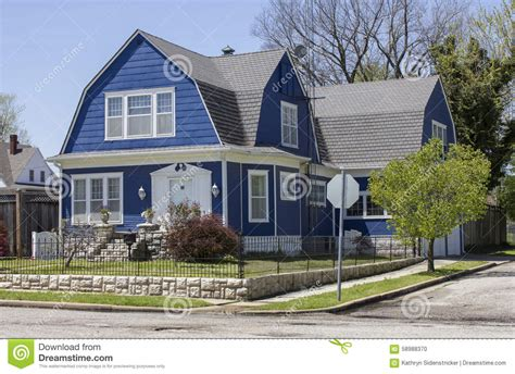 gambrel style home shingle style gambrel roof house stock photo image 58988370