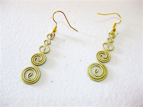 Thailand Handmade Jewelry - brass earrings dangle circle designs thailand