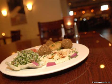 Onmilwaukee Com Dining Milwaukee S Best Buffets Buffets Milwaukee