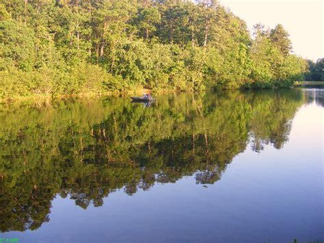 lake oconee bass boat rentals cherokee art and history shout about south carolina