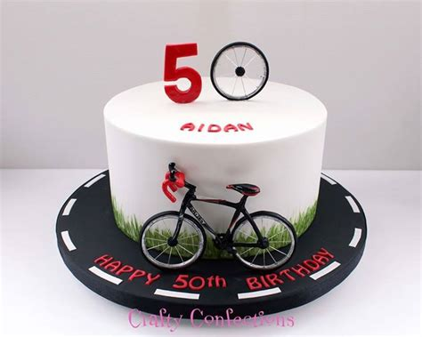 Cake Decoration Bicycle by Best 25 Bicycle Cake Ideas On