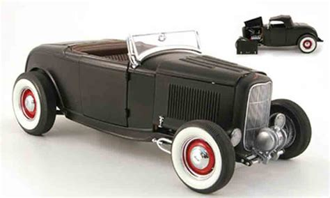 ford  miniature series hot rod mattnoir inklusive softtop gmp  voiture miniaturecom