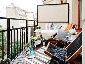 balcony privacy on small balcony design