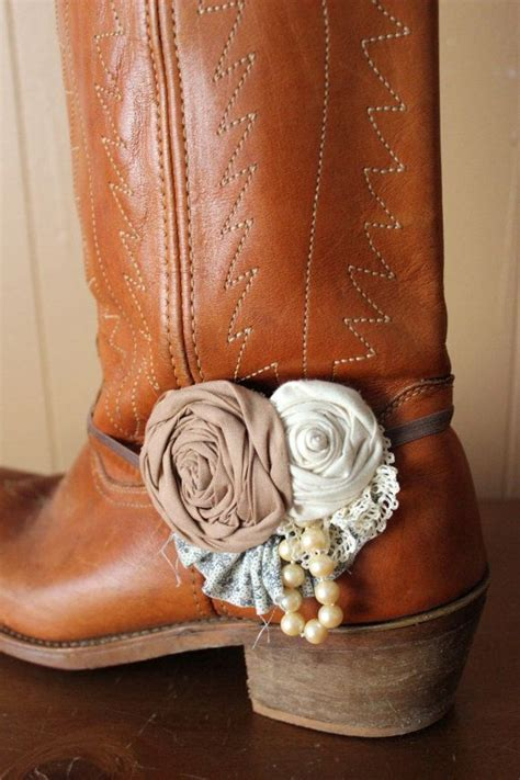 Best 25  Boot bracelet ideas on Pinterest   Boot jewelry