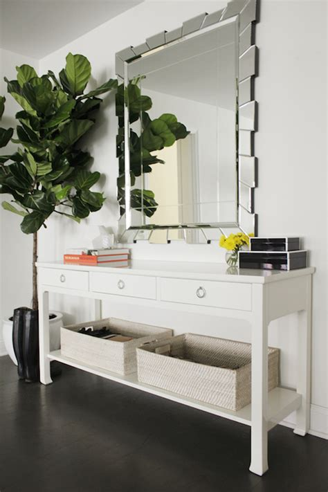 White Entrance Table Foyer Table Transitional Entrance Foyer Kapito Muller Interior