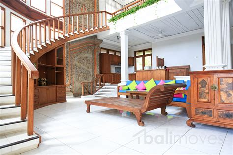 four bedrooms for rent four bedroom villa with basement parking in beachside sanur sanur s local balimoves