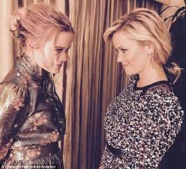 Reese Witherspoon To Beckham Look At Whos Wearing Your by Reese Witherspoon Poses With Lookalike