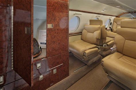 Falcon 10 Interior by Falcon 10 N715jc Club Jet