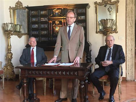 ambasciate presso la santa sede l 180 ambasciata d 180 italia presso la santa sede a roma con il