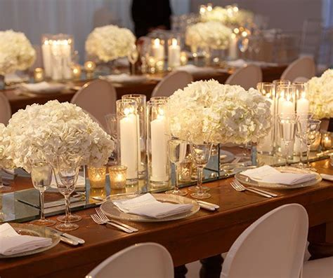 Mirror Table Decor by 17 Best Ideas About White Centerpiece On White