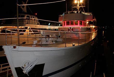 adventures boat rentals newport beach ca rent a custom custom 136 motorboat in newport beach ca
