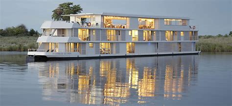 houseboat zambezi queen zambezi queen chobe houseboat chobe river