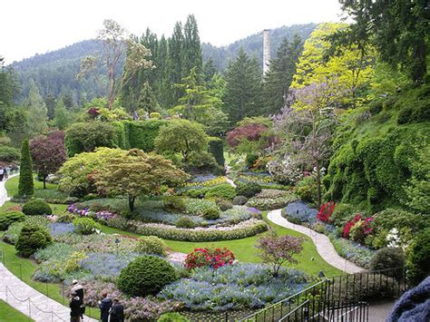 amazing gardens world s most amazing flower gardens