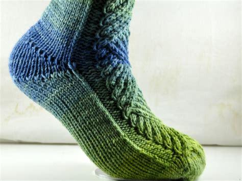 Strickmuster Socken Kostenlos by Neue Anleitung Im Shop Zopfsocken Absurdistan