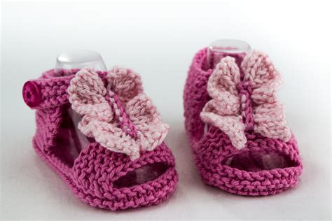 knitted baby sandals baby ruffle front sandal knitting pattern
