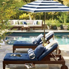 Luxury Pool Lounge Chairs by Luxury Pool Chairs For A Summer Lounge Oasis
