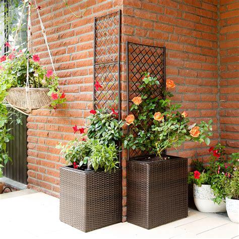 gartenbedarf pflanzen outdoor rattan pflanzkasten mit rankgitter quadratisch