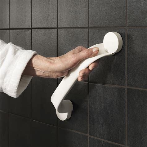 badezimmer ältere menschen haltegriffe badezimmer sus polierte wandmontage