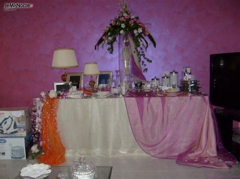 tavoli addobbati per matrimonio foto 1 centrotavola matrimonio addobbo tavolo regali