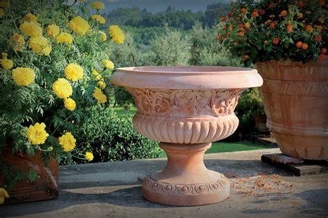 anfore per giardino cotto d impruneta vasi in terracotta vasi artigianali