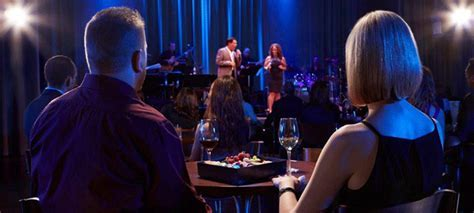 How to Pair Your Drink with Your Show at Myron?s Cabaret