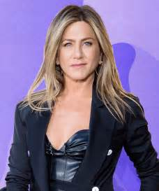 jennifer aniston beauty tips friends rachel hair bob