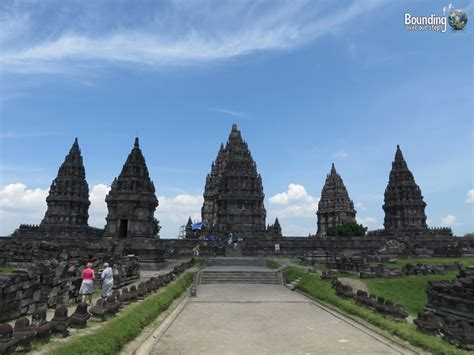 Piring Borobudur Jogja 1 the temples of yogyakarta borobudur and prambanan