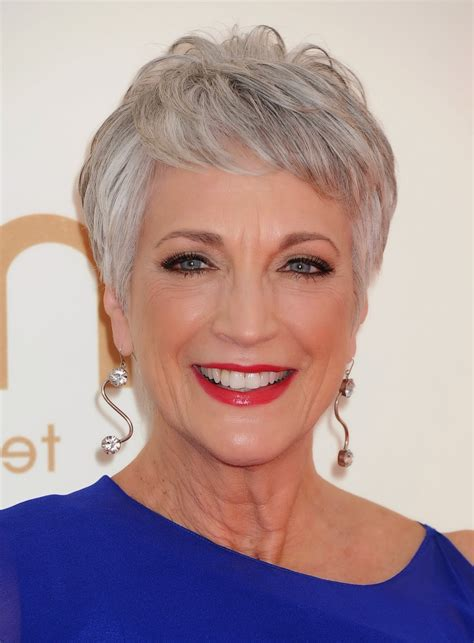 pixie cut for 60 year old short pixie cuts for over 50 women hairstyle ware