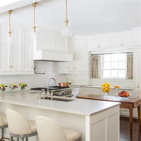 Backsplash Images For Kitchens Amazing Kitchen Features Creamy White Shaker Cabinets