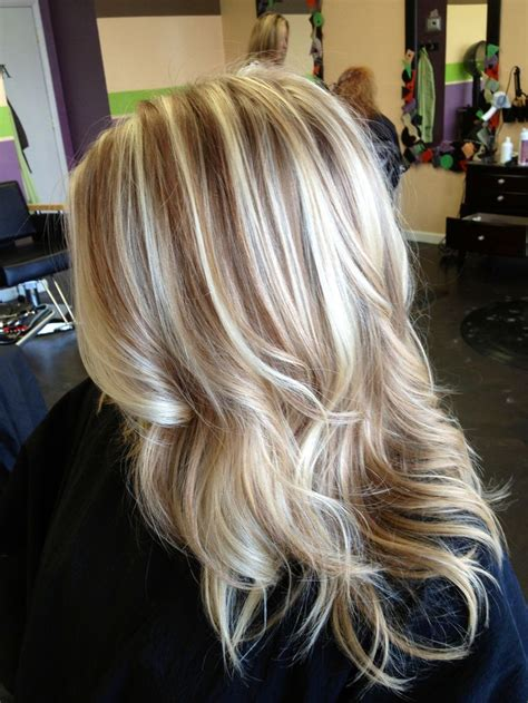 classic blond hair photos with low lights cool blonde hair with lowlights www imgkid com the