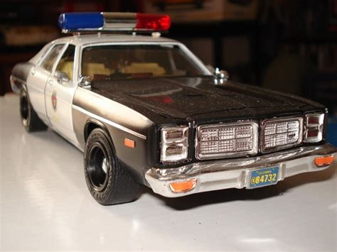 plymouth hookers plymouth fury 1977 t j maquettes ou kits 224
