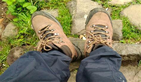 Sepatu Rei melangkah bersama rei sepatu rei tahan banting dan nyaman