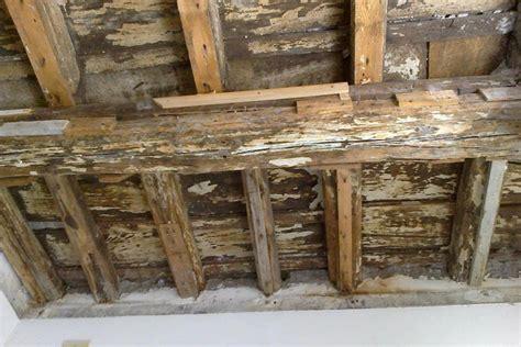 mobili di recupero il legno di recupero nella realizzazione dei mobili