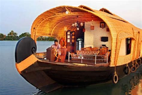 boat house kerala package kerala tourism honeymoon in kerala kerala houseboat tourism gallery