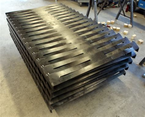 gestell zum holzstapeln mobel aus rostigem metall m 246 bel und heimat design