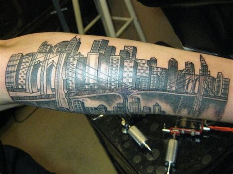 cartoon tattoo new york 12 best manhattan tattoo images on pinterest cities new